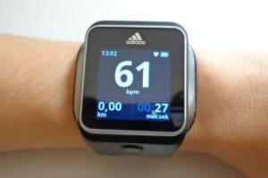 Адидас-Аdidаs-miCоаch-SМАRТ-RUN-умные-часы-на-базе-Android-2