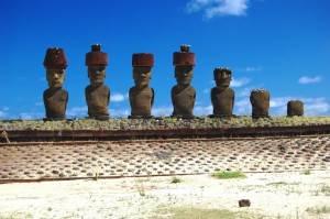 Исполинские-статуи-острова-Пасхи-интересные-факты-8
