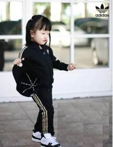 Адидас-Adidas-детская-одежда-и-описание-бренда-1