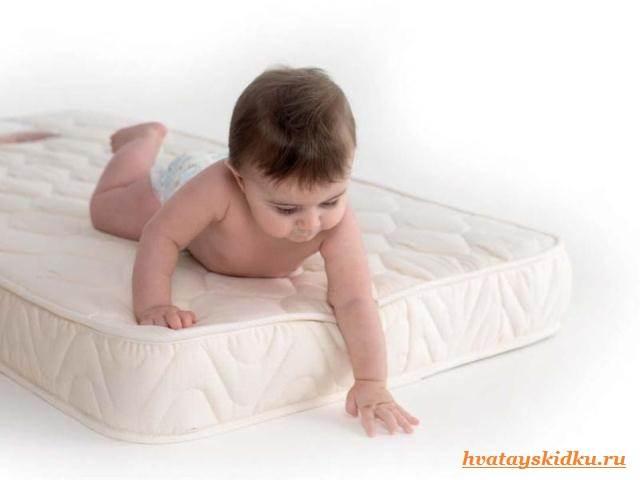 Детские-матрасы-Как-выбрать-матрас-для-ребенка-первого-года-жизни-1