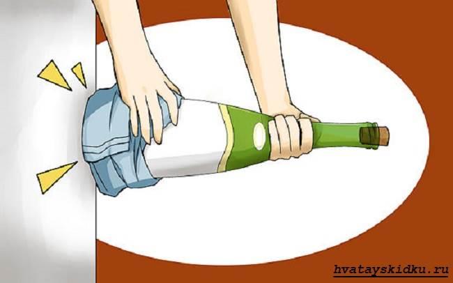 Как-открыть-вино-без-штопора-2